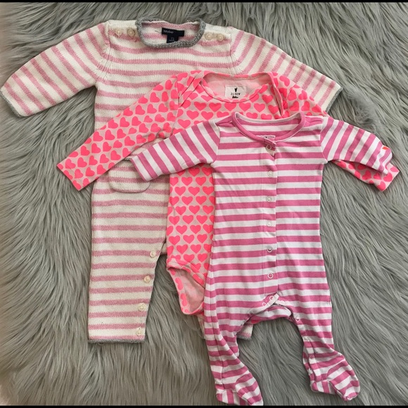NWT Life is good INFANT BABY GIRL ONEPIECE HEARTS 0-3  3-6 6-12 months sleeper